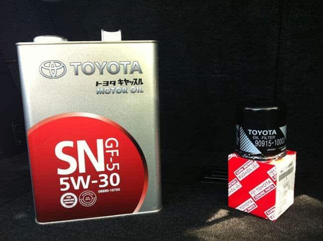 Масло «Тойота» 5w30, отличие от подделки и ее параметры
