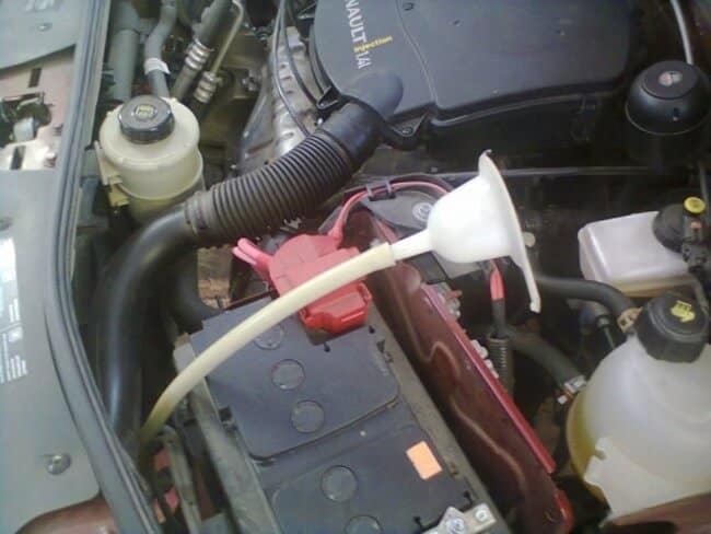 Самостоятельная замена масляной жидкости в АКПП Renault Logan